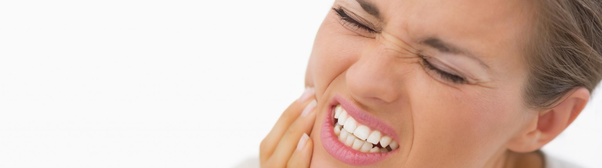 Moncton Dentist offering emergency dental service